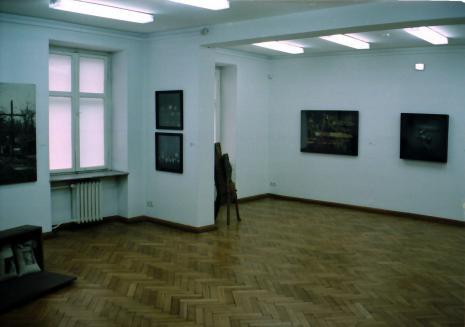 Ekspozycja w salach budynku B ms przy ul. Więckowskiego 36, prace m.in. Tadeusza Kantora