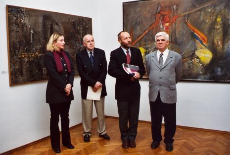Od lewej Paulina Kurc (Dział Sztuki Nowoczesnej, współpraca kuratorska), Janusz Zagrodzki (kurator wystawy, dyr. Mirosław Borusiewicz (ms), Jacek Ojrzyński (wicedyrektor ms)