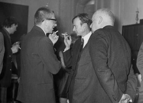 Od lewej dyr. Ryszard Stanisławski, x, prof. Juliusz Starzyński IS PAN)