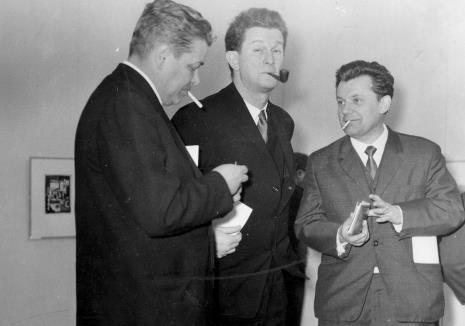 Przedstawiciele ambasady CSRR, od lewej V. Vaniek, Petr Planer (przedstawiciel ambasady Czechosłowacji), x