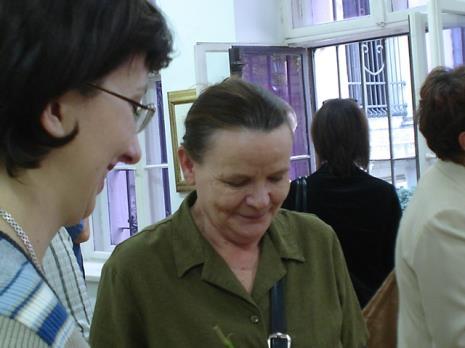 Pracownice Działu Sztuki Nowoczesnej: Paulina Kurc i Zenobia Karnicka