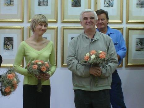 Marta Wlazeł (kuratorka wystawy, Dział Edukacji), Jacek Ojrzyński (wicedyrektor ms)