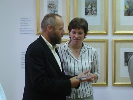 Dyr. Mirosław Borusiewicz (ms), Joanna Świnoga (sekretariat)