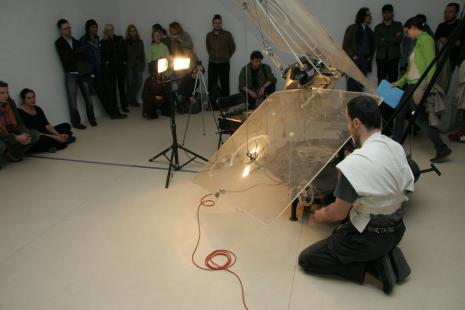 Die Kunst ist Toth akcja artystyczna