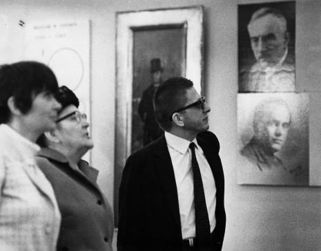 Od lewej x, Michalina Tatarkówna-Majkowska, dyr. Ryszard Stanisławski
