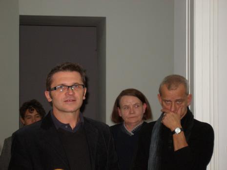 Od lewej dyr. Jarosław Suchan (ms), Zenobia Karnicka (Dział Sztuki Nowoczesnej), Janusz Głowacki (Galeria 86 w Łodzi)