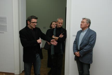 Dyr. Jarosław Suchan (ms), Zenobia Karnicka (Dział Sztuki Nowoczesnej), Janusz Głowacki (Galeria 86 w Łodzi), Zygmunt Krauze