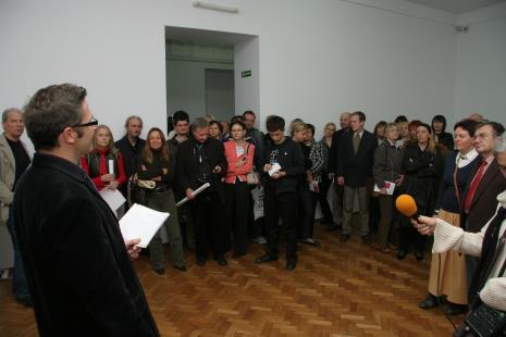Od lewej Tadeusz Piechura, dyr. Jarosław Suchan (ms), x, prof. Stefan Czyżewski (PWSTTviF w Łodzi)