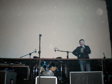 Dyr. Jarosław Suchan (ms) na scenie